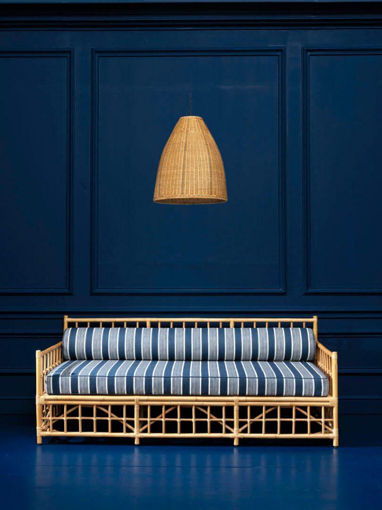 Domingo-bench-809×1080