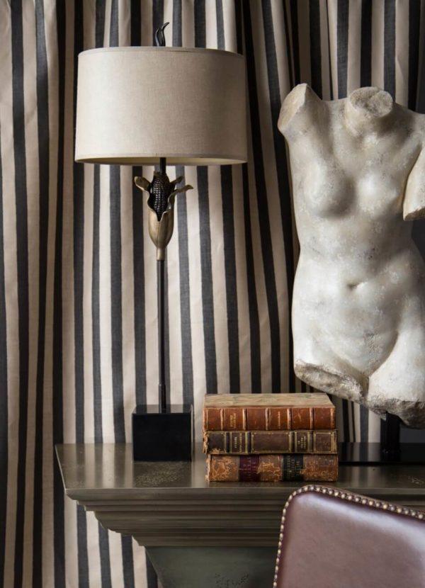 Vignette.Melba Stripe Black. Corn Table Lamp